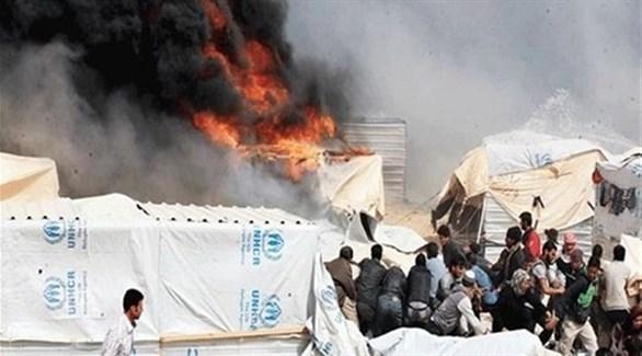 احتراق خيمة في مخيم لاجئين سوريين (أرشيف)