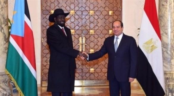 الرئيس المصري خلال استقباله رئيس جنوب السودان في قصر الاتحادية (الأهرام)