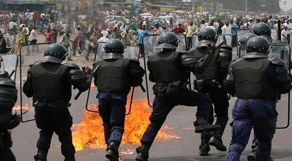 الشرطة الكونغولية في مواجهة محتجين على نتائج الانتخابات (أرشيف)