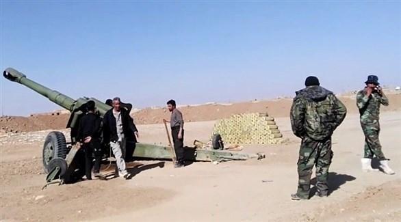 مدفعية الجيش العراقي تقصف أهدافاً لداعش داخل الأراضي السورية (أرشيف)