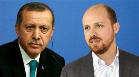 الرئيس التركي رجب طيب أردوغان ونجله بلال (أرشيف)