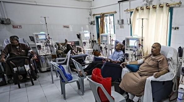 علاج مرضى فلسطينيين بالفشل الكلوي  أحد مستشفيات غزة (أرشيف)
