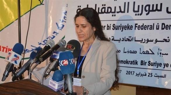القيادية الكردية السورية إلهام أحمد (أرشيف)