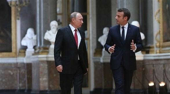 الرئيسان الفرنسي إيمانويل ماكرون والروسي فلاديمير بوتين (أرشيف)