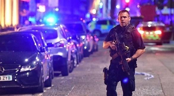عنصر من شرطة مكافحة الإرهاب البريطانية في لندن (أرشيف)