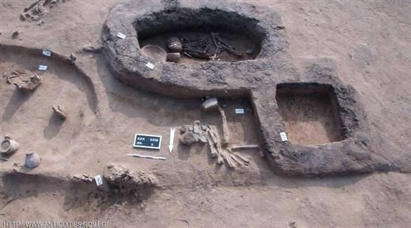 المقابر والدفنات المكتشفة (اليوم السابع)
