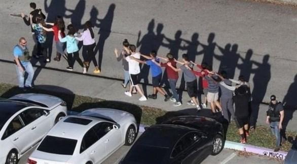 إجلاء طلاب بعد إطلاق نار في مدرسة أمريكية (أرشيف)