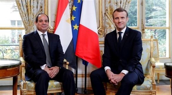 الرئيسان الفرنسي إيمانويل ماكرون والمصري عبد الفتاح السيسي (أرشيف)