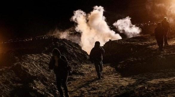 إطلاق الغاز على المهاجرين من المكسيك (تويتر)