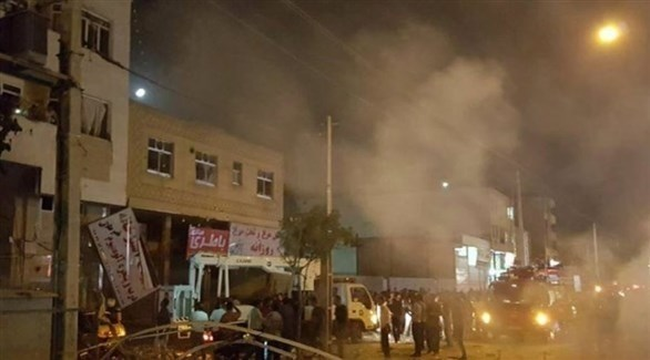 سيارة إطفاء تهرع إلى موقع الانفجار في مدينة زاهدان الإيرانية (تويتر)