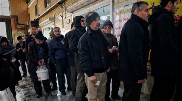 إيرانيون ينتظرون في طوابير لشراء اللحم (روسيا اليوم)
