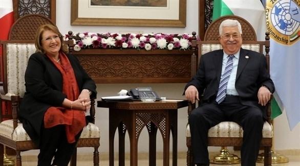 الرئيس الفلسطيني محمود عباس ورئيس مالطا ماري لويز (EPA)