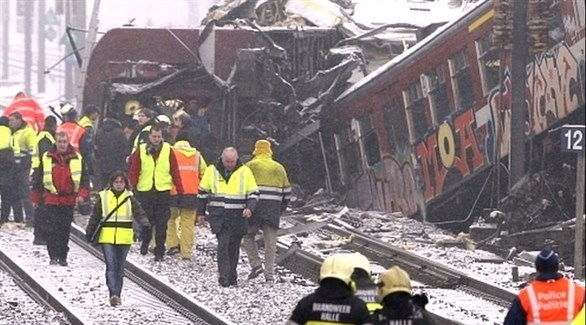 فرق إنقاذ بعد حادث قطار في بلجيكا (أرشيف)