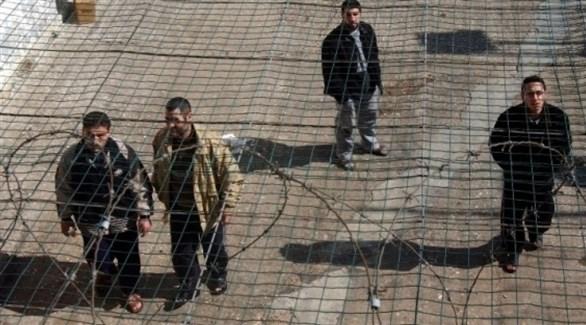 أسرى فلسطينيون في أحد سجون الاحتلال (أرشيف)