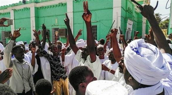 مظاهرة بالعاصمة السودانية الخرطوم 25 يناير 2019 (رويترز)