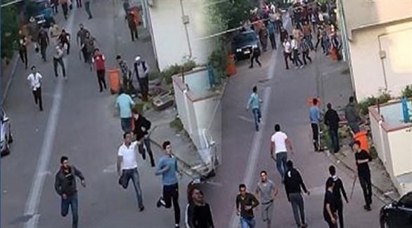 من مكان وقوع المشاجرة بين السوريين والأتراك في إسطنبول (زمان)