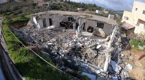 قوات الاحتلال تهدم منزلاً لعائلة فلسطينة جنوب القدس بذريعة عدم الترخيص (24)