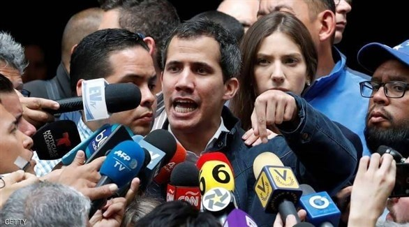 خوان غوايدو  الذي أعلن نفسه رئيساً لفنزويلا