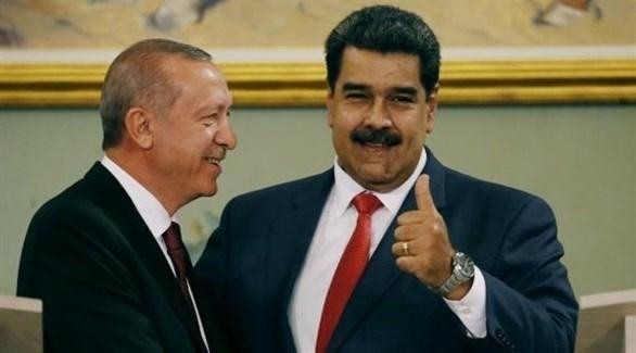 الرئيسان الفنزويلي نيكولاس مادورو والتركي رجب طيب أردوغان (أرشيف)