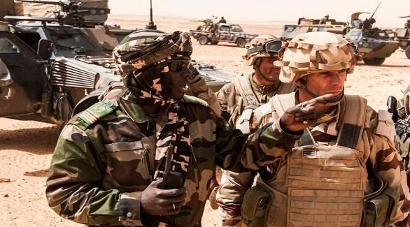 عسكريون أفارقة وأجانب في مناورات