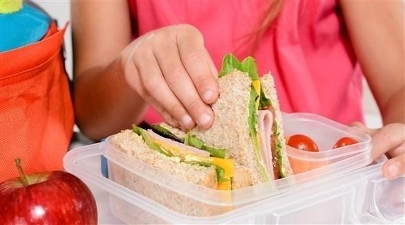 المواد الكيميائية في البلاستيك تصل إلى الطعام (أرشيفية)