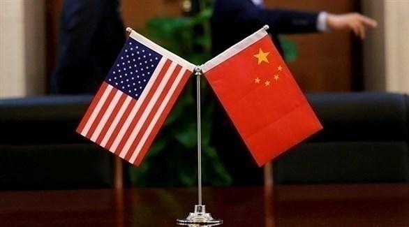 العلمان الأمريكي والصيني (أرشيف)