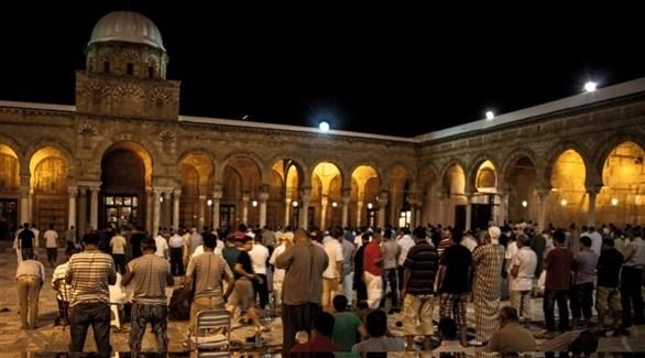 مصلون في أحد مساجد تونس (أرشيف)