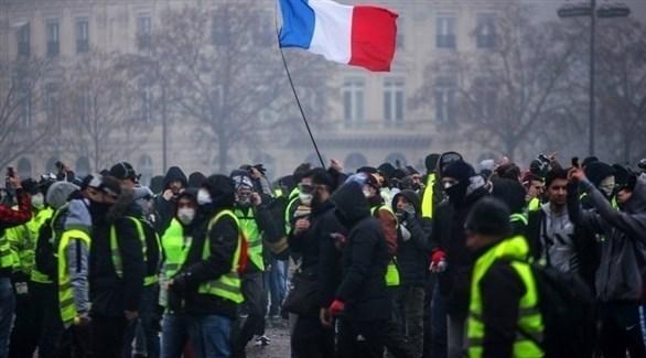 متظاهرون من السترات الصفراء في باريس (تويتر)