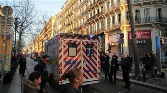 الشرطة الفرنسية تطوق مكان هجوم مارسيليا (تويتر)