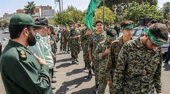 عناصر من الباسيج التابعين للحرس الثوري الإيراني (أرشيف)