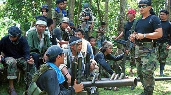 عناصر مسلحة من جماعة أبو سياف الداعشية (أرشيف)