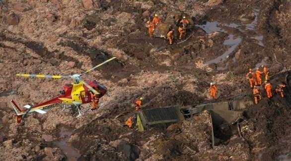 طائرة إنقاذ تبحث عن ناجين عقب انهيار سد بالبرازيل (أرشيف)