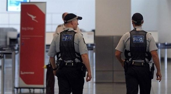 عناصر من الشرطة الأسترالية في أحد المطارات (أرشيف)