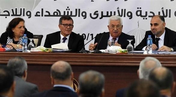 الرئيس الفسطيني محمود عباس متحدثا خلال إحدى اجتماعات المجلس الثوري (أرشيف)