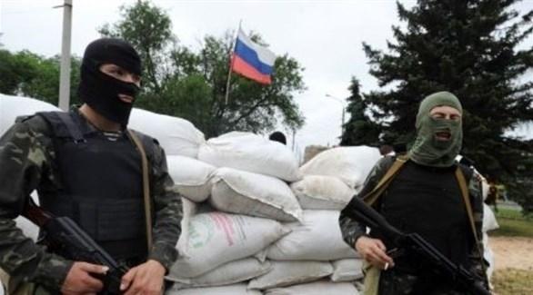 مسلحون انفصاليون مواليون لورسيا في شرق أوكرانيا (أرشيف)