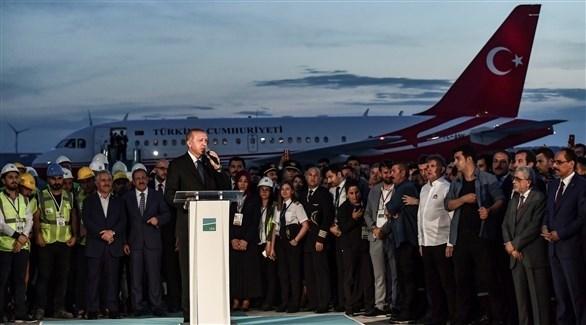 أردوغان أثناء تدشين المطار الجديد (أ ف ب)
