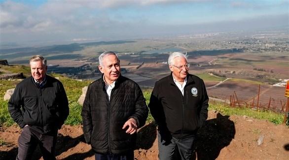 بنيامين نتانياهو في هضبة الجولان مع السيناتور لينزي غراهام والسفير الأمريكي في إسرائيل (أ ف ب)