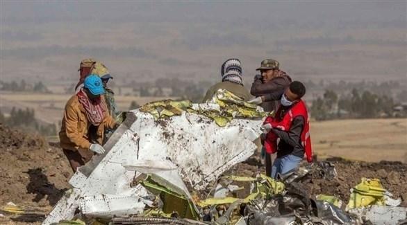 أثيوبيون في مكان تحطم طائرة بوينع ماكس 8 (أ ب)