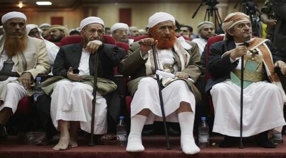 زعيم الإخوان اليمنيين عبدالمجيد الزنداني وقيادات في الإصلاح (أرشيف)