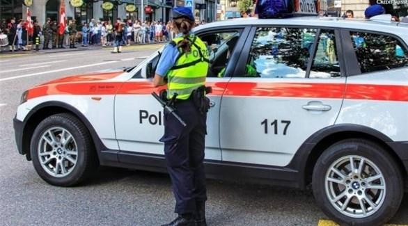 الشرطة السويسرية في مكان الحادث (تويتر)