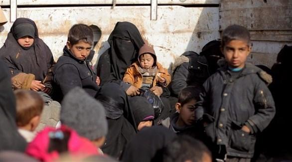 نساء وأطفال نزحو من الباغوز آخر جيب لداعش في سوريا (أرشيف)