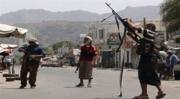مسلحون من ميليشيات الحشد الشعبي في تعز (أرشيف)