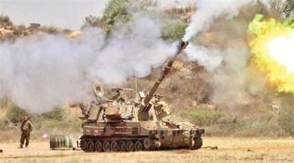 دبابة إسرائيلية تقصف قطاع غزة (أرشيف)