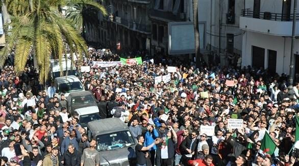 جانب من احتجاجات الجزائر (تويتر)