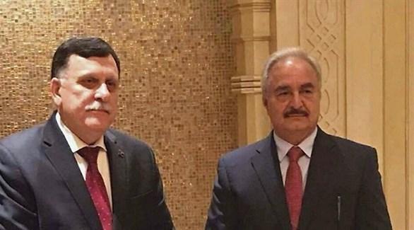 قائد القوات المسلحة الليبية المشير خليفة حفتر ورئيس المجلس الرئاسي فائز السراج (أرشيف)