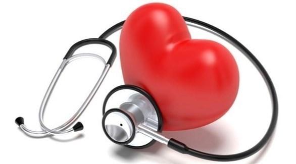 الكولسترول الزائد يسبب ضيق وانسداد الشرايين (تعبيرية)