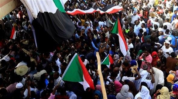 متظاهرون سودانيون (أرشيف)