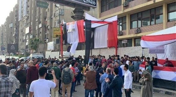 إقبال كثيف من المصريين على الاستفتاء على التعديلات الدستورية (من المصدر)