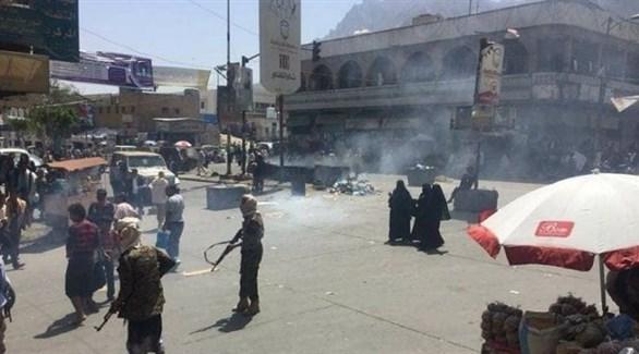 العناصر المسلحة المنشترة في شوارع اليمن (أرشيف)