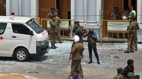 الشرطة السريلانكية تطوق أحد الأماكن المستهدفة في هجمات اليوم الأحد (أرشيف)